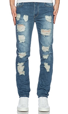 JEAN SLIM DISTRESSED ESSENTIAL