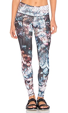 The Flynn Long Legging