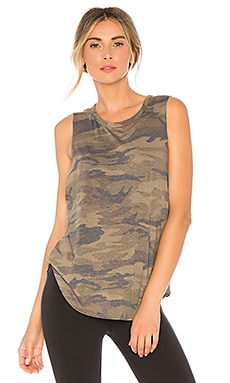 CAMISETA TIRANTES CRUZ STRUT-THIS $40