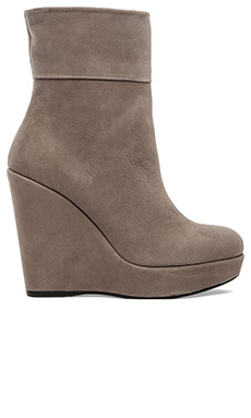 Stuart Weitzman Pully Bootie in Stone