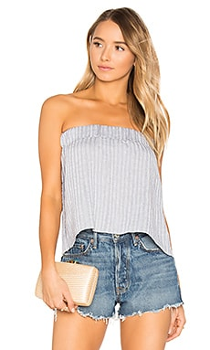 Sky Strapless Pleat Top en Twilight