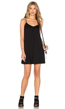 Susana Monaco Very V Drape Dress en Noir