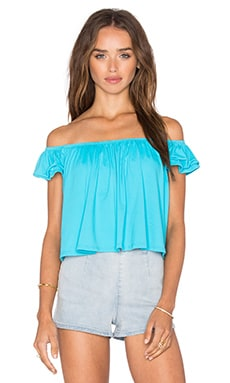 TOP CROPPED OFF SHOULDER