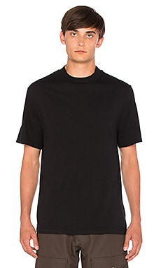 S/S High Crewneck Tee in Black