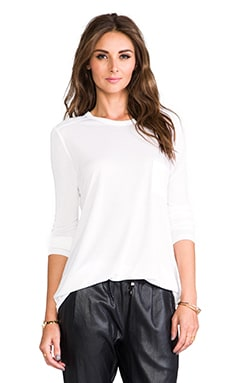 Classic Long Sleeve T with Pocket in 화이트