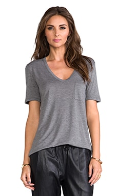 Classic T with Pocket in Grau meliert