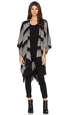 Tejido Frise Multi Poncho in Black & White