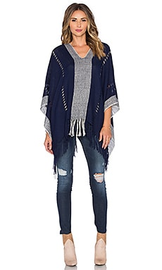Tejido Honeycomb Pierced Poncho in Navy & White