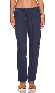 three dots Pant in Night Iris