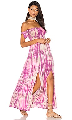 Hollie Off The Shoulder Maxi Dress en Beige Purple & Violet Sabia