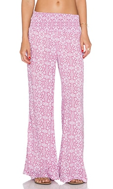 Tiare Hawaii Pipeline Pant in Pink Graphic