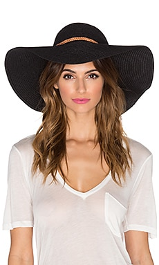 Tigerlily Ivann Hat in Black