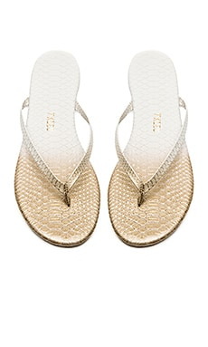 TKEES Sandal in Gold Fish