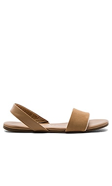 Charlie Sandal in Cocobutter