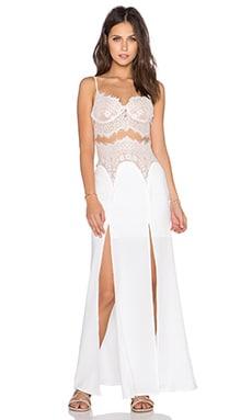 tiger Mist First Class Laxi Maxi Dress in White