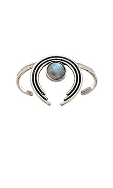 TORCHLIGHT Canyon Cuff in Silver Ox