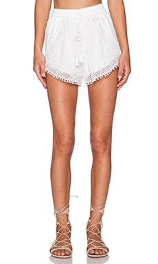 TRYB212 Carola Short in White