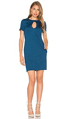 In Cover Dress en Bleu Paon