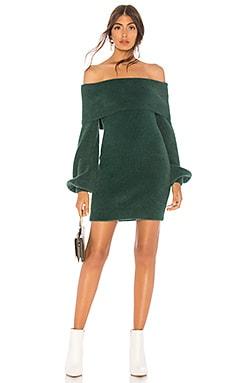 Фото - Платье свитер gramercy - Tularosa зеленого цвета