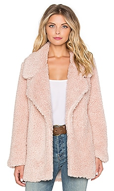 Violet Faux Fur Coat in Powder Pink