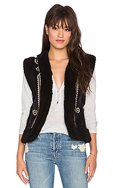 Twelfth Street By Cynthia Vincent Hendrix Faux Fur Vest in Black