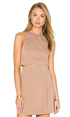 Button Strap Crop Top en Nude