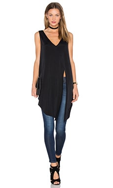 TY-LR The Alanya Top in Black