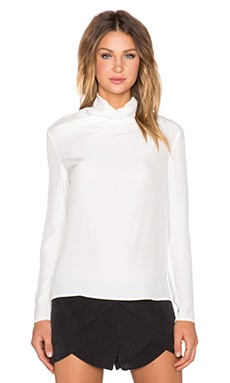 TY-LR The Linear Top in White