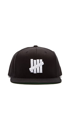 Undefeated 5 Strike SU15 Snapback in Black