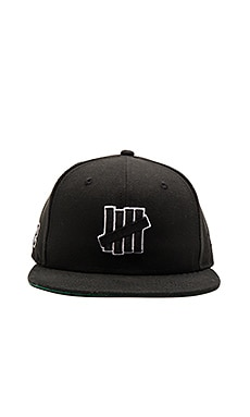 Undefeated 5 Strike SP16 New Era Cap in Black