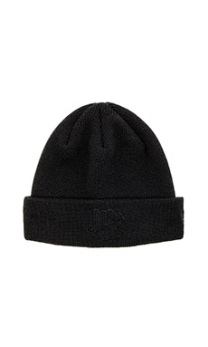 Undefeated Conflict New Era Beanie in Black