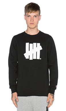 Undefeated Five Strike SU15 Pullover in Black