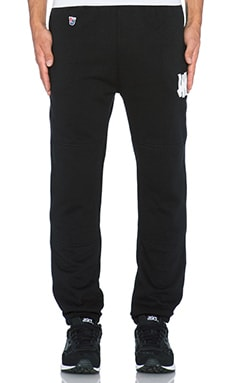 Undefeated Right Fielder Sweatpant in Black