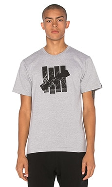 Undefeated Acceleration Strike Tee in Grey Heather