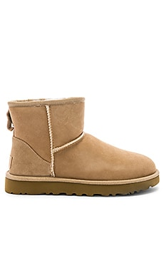 BOTTINES CLASSIC MINI II UGG $140