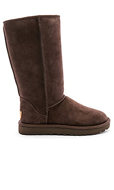 cabb298d325 Looking For Cold Weather Boots? Find 'Em At REVOLVE!