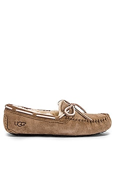 Dakota Slipper UGG $100