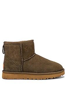 Classic Mini II Boot UGG $140