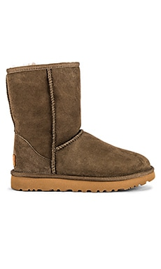 Classic Short II Boot UGG $160 NEW ARRIVAL