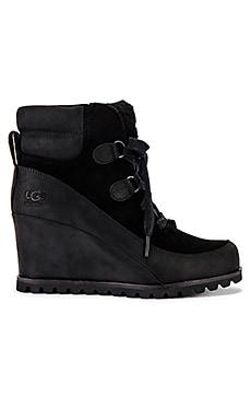 Valory Boot UGG $225