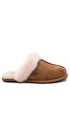 SLIPPERS SCUFFETTE II UGG $90 BEST SELLER