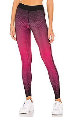 Ultra Cadence Legging ultracor $198 NEW ARRIVAL