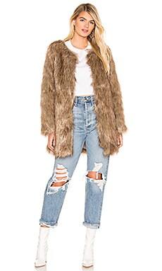 WANDERLUST 코트 Unreal Fur $91 (최종세일)