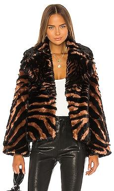 BLOUSON MADAM PURR Unreal Fur $379 NOUVEAUTÉ