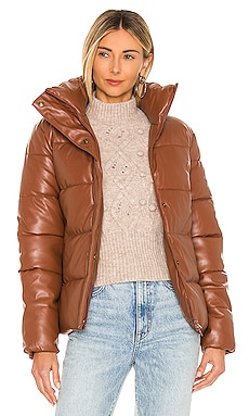 CHAQUETA MAJOR Unreal Fur $339