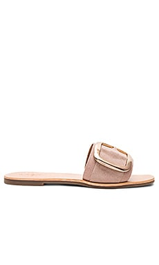 Ajay Sandal in Light Pink