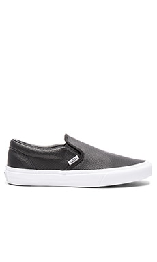 Vans Classic Slip-On Perf Leather in Black