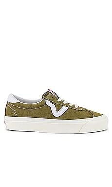 73 DX Sneaker Vans $56