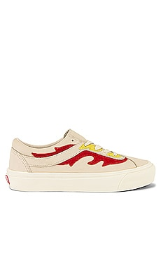 BASKETS BASSES NI FLAMETHROWER Vans $80