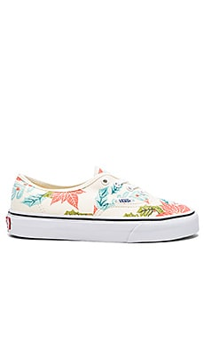 Vans Authentic Sneaker in Poinsettia & Classic White